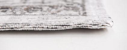 ce85d15d1d48b4 Biały dywan klasyczny vintage - PALE 8668, marki Louis De Poortere