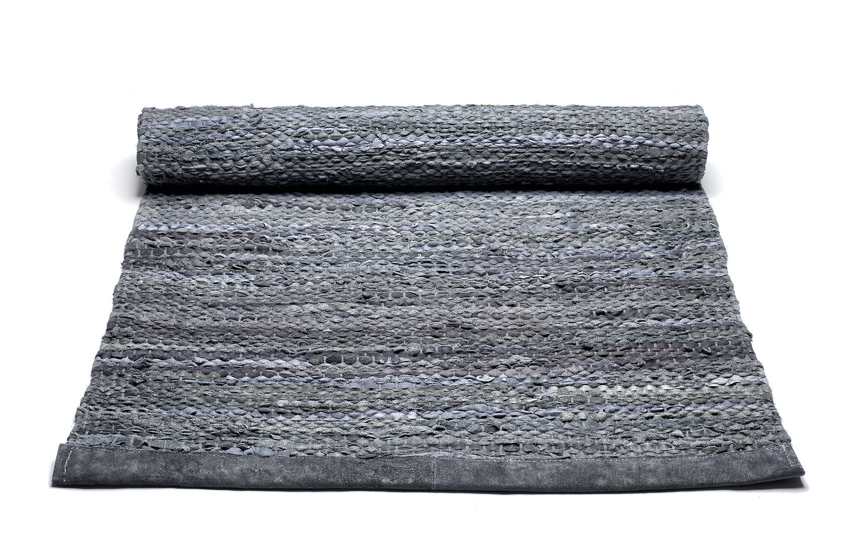 szary dywan skórzany z recyklingu Leather Dark Grey 0022