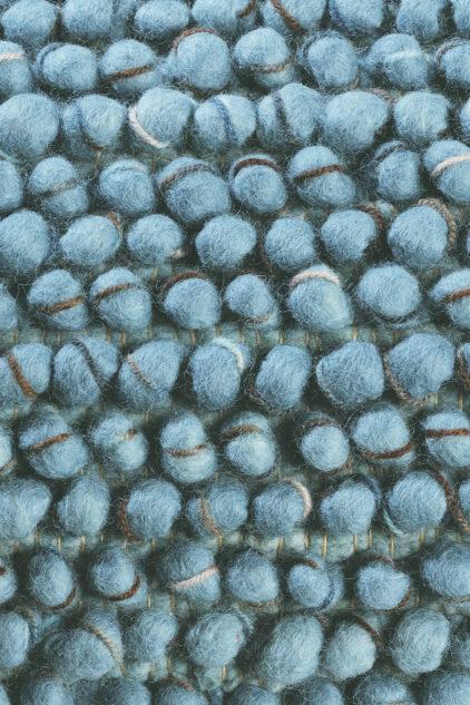 niebieski dywan pleciony Cobble 29218